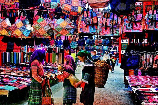 Image result for chợ bắc hà